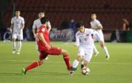 Khó cho vị trí tiền đạo cắm của bóng đá Việt