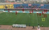Trọng tài Trung Quốc để đội bóng chơi 12 người