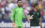 Cựu thủ môn PSG cứu 2 quả phạt đền trong… 2 phút