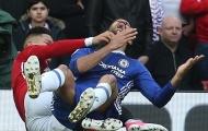 Trọng tài Anh: 'Costa, Rojo và Young nên cảm thấy nhục'