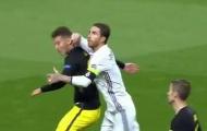 UEFA không buộc tội Sergio Ramos chơi cùi chỏ