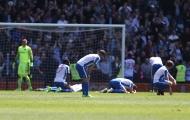 Cầu thủ Brighton sụp đổ vì mất chức vô địch cay đắng