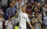 Ronaldo nhận giải bàn thắng đẹp nhất mùa tại Champions League
