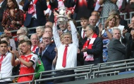 Thơ về FA cup: 'Wenger chưa OUT'