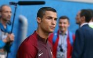 Ronaldo sẽ không đòi lương cao hơn khi đến Man United