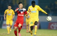 """Thanh Thắng và Van Bakel """"đá bay"""" ngôi đầu của FLC Thanh Hóa"""