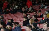 Arsenal đón lượng CĐV thấp kỷ lục ở cúp châu Âu