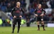 Arsenal chấm dứt cuộc đua vô địch sớm nhất lịch sử