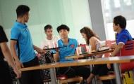 Máy bay delay, tuyển Việt Nam thảnh thơi lên đường sang Myanmar