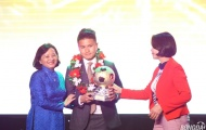 Quang Hải vượt Anh Đức để giành bóng Vàng, Công Phượng được yêu thích nhất