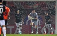 Văn Lâm về Việt Nam nghỉ ngơi 2 ngày sau trận thắng ở Thái Lan