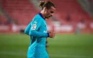 Không biết nịnh Messi, Griezmann gặp khó khăn tại Barca