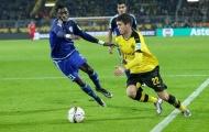 Thần đồng Bundesliga tỏ tình với Manchester United