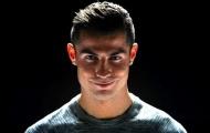 Ronaldo cười tinh quái vì biết sẽ giành giải 'The Best'