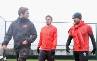 """Mourinho chốt kế hoạch """"tống cổ"""" 3 hậu vệ trong tháng Giêng"""