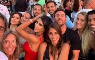 Fabregas và bộ ba Barca hội ngộ tại Ibiza