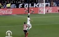 Không ghi bàn, Hazard đè tân binh Atletico ngã đo ván trên sân