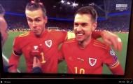 Giành vé dự Euro, Bale chửi thề ngay trước ống kính máy quay