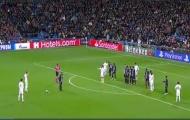 Làm điều đặc biệt, Bale khiến cả cầu trường Bernabeu đứng lên chiêm ngưỡng