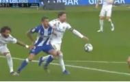 'Khuỷu tay của Ramos đã tìm đến ngay khuôn mặt của Joselu!'