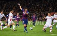 Chẳng cần nhìn, kẻ thất sủng Barca vẫn lập siêu phẩm chấn động Camp Nou