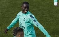 Zidane thả quái thú, 'double Mendy' sẽ xuất hiện tại Bernabeu?