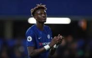Được Chelsea chiêu đãi 'món ăn tinh thần', fan hò reo trên MXH