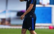 Griezmann cười ngất vì trò đùa của đồng đội trên sân tập