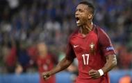 Fan Man United kêu gọi Mourinho chiêu mộ Luis Nani