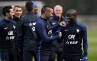 Cựu sao Liverpool khuyên M.U bỏ Pogba, chọn Kante và Payet