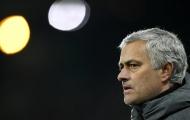 Fan Quỷ đỏ kêu gọi Sir Alex trở lại cứu Man Utd