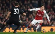 Bị Arsenal bỏ rơi, Mesut Ozil ra quyết định về việc đến Man Utd