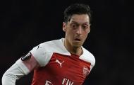 Unai Emery: 'Ozil vẫn không được đảm bảo suất chính thức'