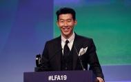 Son Heung-min như tài tử điện ảnh, nhận giải Cầu thủ xuất sắc nhất Premier League