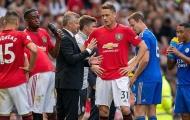'Không cải thiện hàng tiền vệ, Man Utd có chi tiền cũng như không'