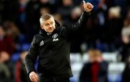 'Mạnh mẽ như con bò, Man Utd hãy chiêu mộ anh ấy'
