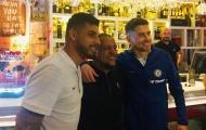 Trở lại top 4, hai sao Chelsea ăn mừng cùng huyền thoại Real Madrid
