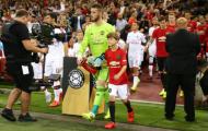 Choáng với pha sút penalty khác người của 'Messi Man United'