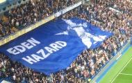 CĐV Chelsea giải thích lý do giăng hình Hazard trong trận gặp Liverpool