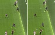 Cựu sao Chelsea khẳng định bàn thắng của Ajax không việt vị