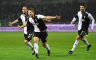 De Ligt tiếp tục để bóng chạm tay rồi ghi bàn duy nhất, Juventus thắng nhọc trận derby Turin