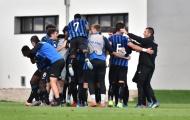 Lần đầu tiên dự C1 trẻ, đội bóng Ý độc chiếm ngôi đầu bảng