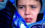 Chơi tệ khiến CĐV nhí khóc ròng, 'Messi Ý' quay video xin lỗi