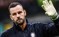 Thủ thành Inter có thể chơi trận derby Milan với ngón tay bị gãy