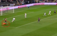 Lloris nhận đủ 'gạch đá' sau bàn thắng của Coutinho