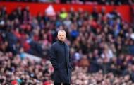 Sốc: Fan MU rời Old Trafford chỉ sau 10 phút trận Newcastle