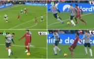'Salah chắc hẳn có họ hàng với trọng tài'