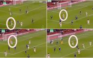 'Một bàn thắng mang tính đồng đội tuyệt vời của Arsenal'