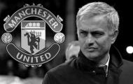 Mourinho: 'Bạn không nên lôi quần áo bẩn ra để giặt'