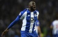 Van Dijk nói gì về việc theo kèm 'máy chạy' Moussa Marega?